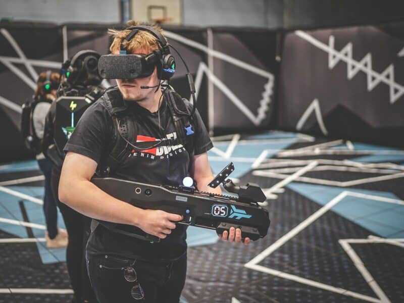 man playing untethered VR arena experience
